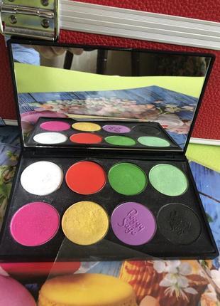 ❤️палетка из 8 теней для фантазийного макияжа фешн кисть дуо в подарок!
