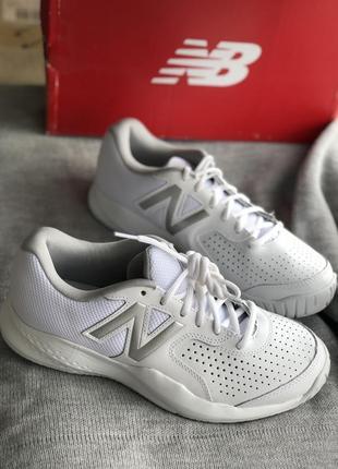 Белые кроссовки из натуральной кожи на широкую ногу бренд