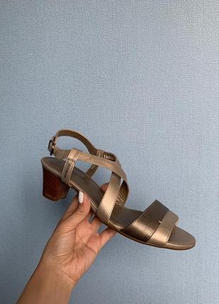 Mephisto франция шикарные босоножки сандалии