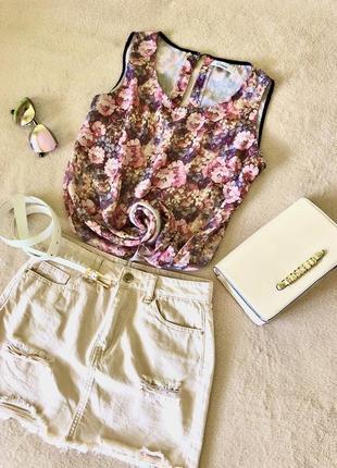 Легкая шифоновая блуза с цветочным принтом