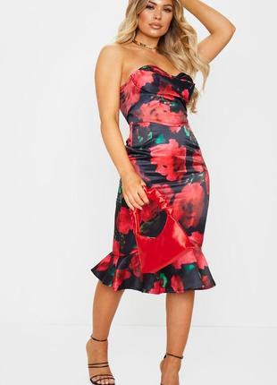 Атласное платье бандо 🔥prettylittlething🔥 сатиновое платье миди открытые плечи