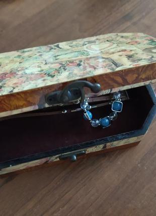 Шкатулка, коробочка