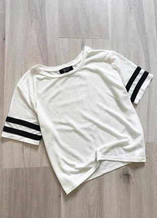 Стильна футболка оверсайз топ з полосками на рукавах льон лён new look s/m
