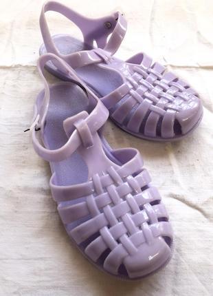 Резиновые фиолетовые босоножки кроксы мыльницы