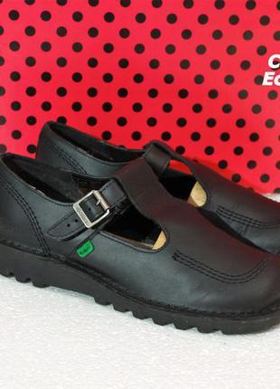 Продам туфли kickers