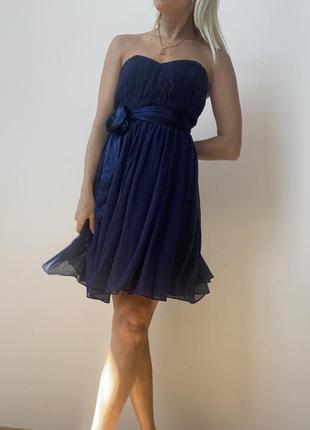 Темно-синее платье вечернее