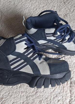 Крутые ботинки термо