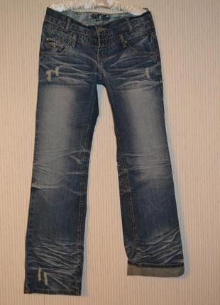 Классные стильные джинсы!!