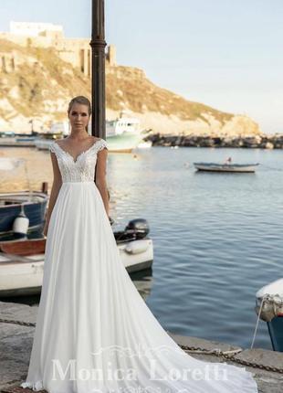Свадебное платье monica loretti с шифоновой юбкой