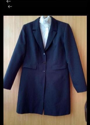 Удлиненньій пиджак