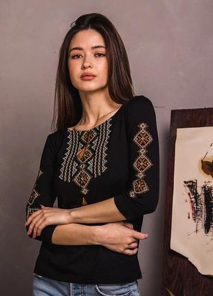 Черный лонгслив с золотой вышивкой рукав 3/4 размеры s-xxl