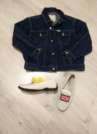 Фирменная джинсовая куртка для мальчика. джинсовый жакет.