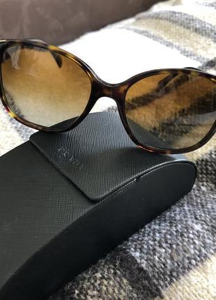Солнцезащитные очки prada{оригинал}