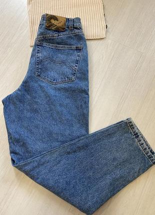 Джинсы слоучи , джинсы бананы , джинсы фирменные
