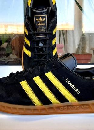 """Кроссовки """" adidas """" hamburg. германия! оригинал. (28.5 см.) 43 р."""