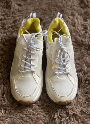Продам кросівки h/m