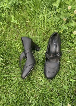 Туфли офис на каблуке