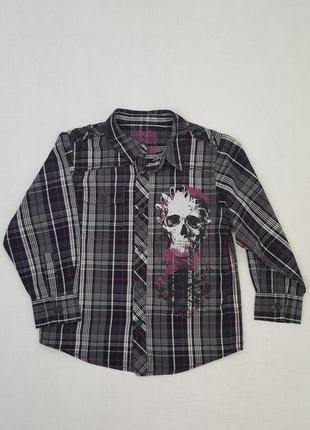 Рубашка на мальчика в темных оттенках с принтом черепа