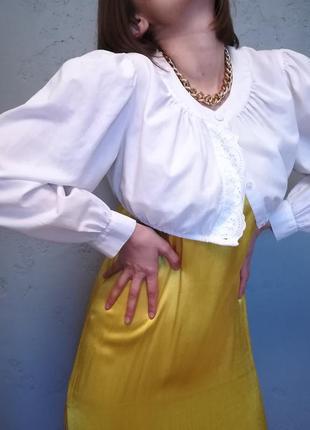 Кроп с объемными рукавами