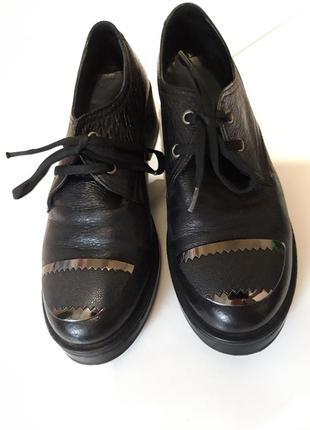 Шикарные кожаные туфли турция кожа  низкий каблук