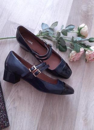 Нежные  туфельки  р 37