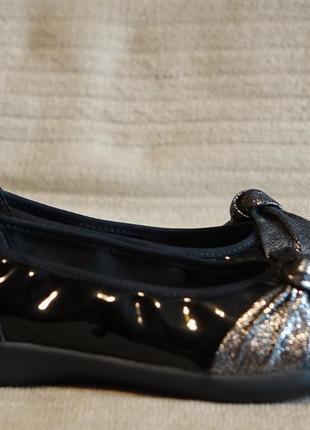 Легчайшие веганские черные лакированные балетки helvesko швейцария 38