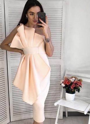 Новое персиковое платье неопрен ,коктейльное