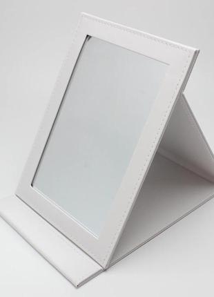 Зеркало 25,5х18 см  экокожа