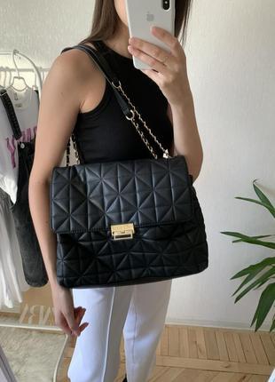 Потрясающая, трендовая, вместительная, базовая сумочка 😍 steve madden