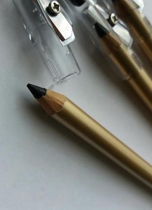 Для эффектного мейкапа карандаш для глаз. чёрный карандаш. стрелки.