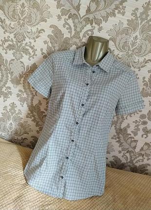 Миленькая фирменная рубашечка