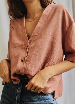 Актуальная блуза на пуговицах
