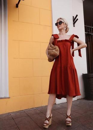 Льняное платье-сарафан с завязками