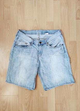 Высокие шорты из варёного джинса