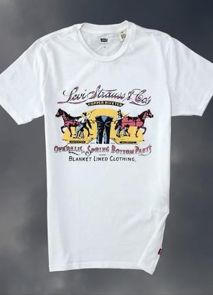 Унисекс белая футболка levi's