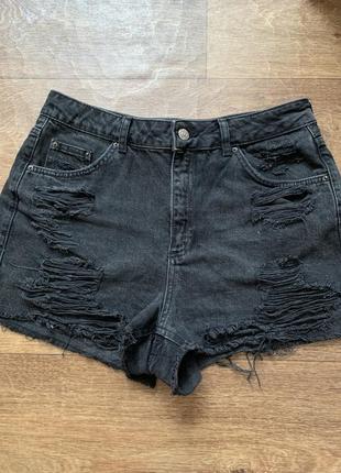 Чёрные джинсовые шорты мом
