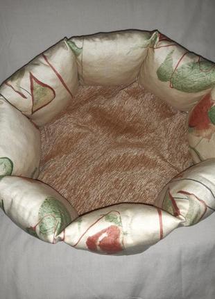 Лежанка для кошек и собак 40×40×18 см