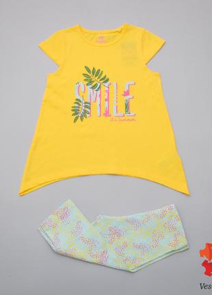 Костюм летний для девочки футболка и капри lupilu