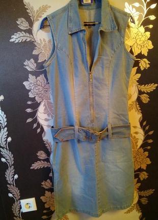 Стильный брендовый джинсовый сарафан с поясом, размер 14-16