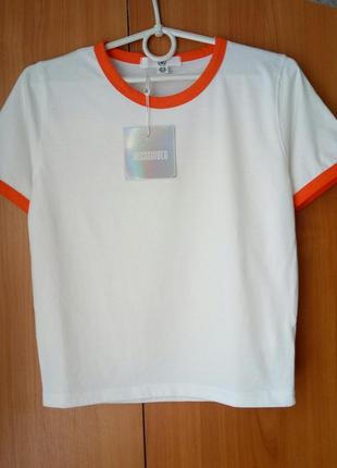 Крутая белая укороченая футболка, топ