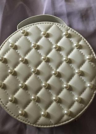 Сумочка сумка жемчужины круглая трендовая