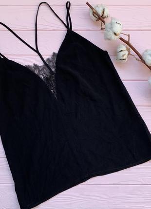 Элегантная чёрная маечка с кружевными деталями в бельевом стиле h&m xs s