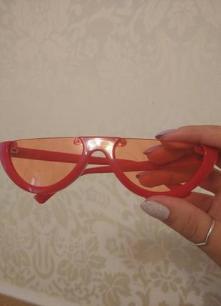 Красные очки половинки5 фото