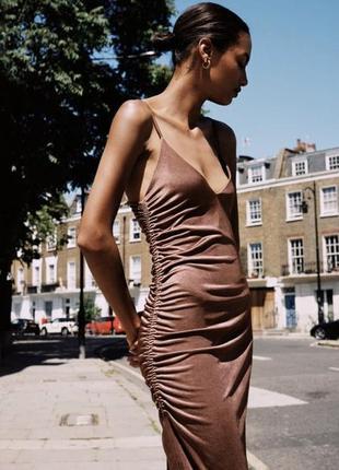 Дуже красива сатинова сукня zara