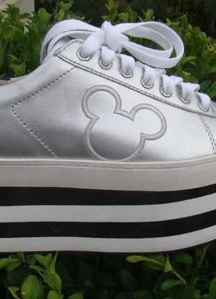 Модные кроссовки на высокой платформе moa master of arts disney италия 39р.