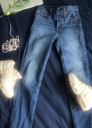 Levis wedgie fit джинсы