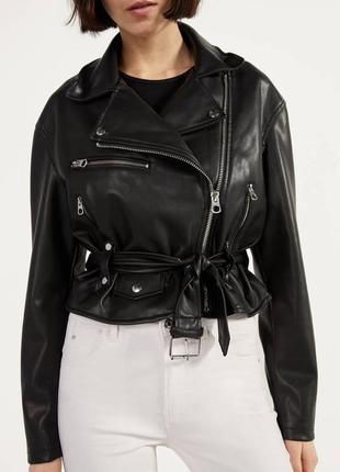 Куртка в байкер стиле с пясом bershka1 фото