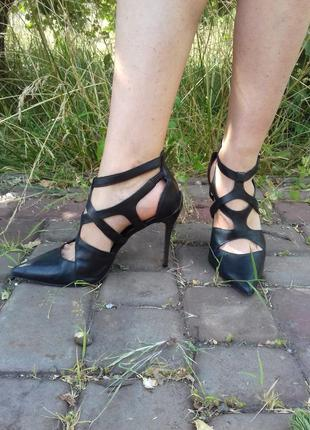 Кожаные туфли босоножки san marina gucci prada chanel