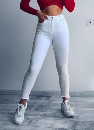 Джинсы от zara с новых коллекций белые джинсы белые штаны