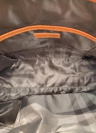 Шкіряна сумочка burberry4 фото